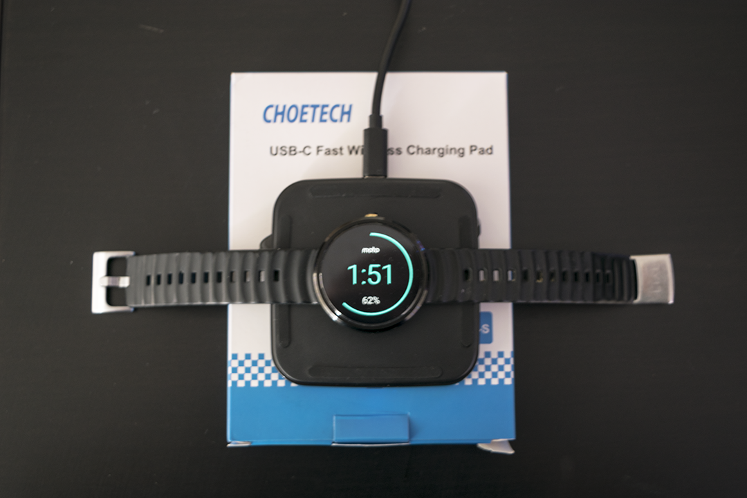 QI Wireless charging pad from CHOETECH is perfect for Christmas! 4
