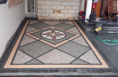 Jasa batu sikat motif batu sikat untuk garasi