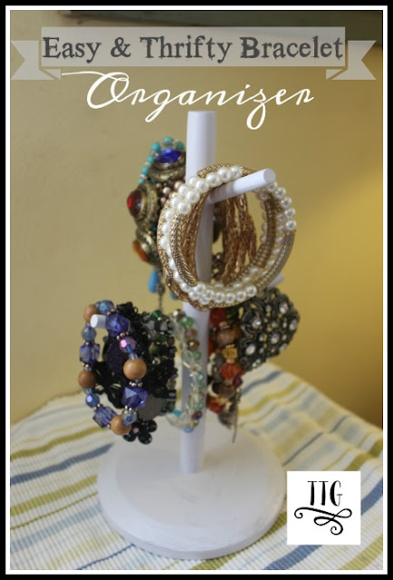 How to make a simple, easy and thrifty bracelet organizer at thethriftygroove.com