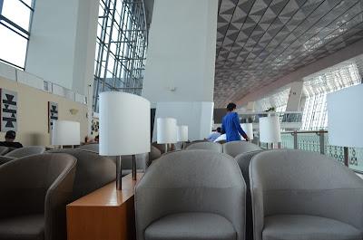 Lounge Business Clsaa Garuda Indonesia Jakarta Terminal 3, SEPOK! Pulang Pergi Jakarta Naik Kelas Bisnis Garuda Indonesia, business class garuda indonesia
