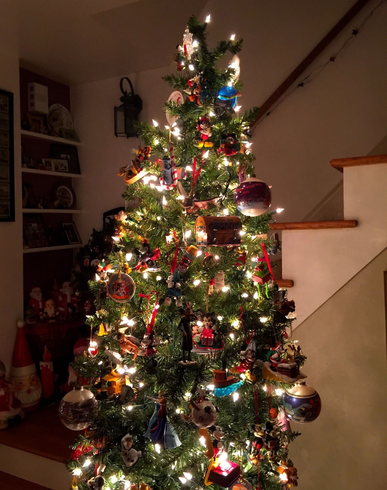 Disney musings wordless wednesday our christmas tree