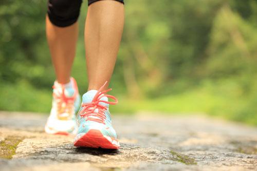 قم بالمشي لـ30 دقيقة في اليوم