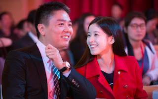 Foto Liu Qiangdong Bersama isitri tercinta