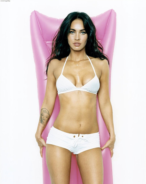 c343e25d770660a8501e14df427a6016 - 50 Hottest Bikini Pictures OF MeganFox |Best Lingerie Photoshoot & HD Wallpapers made your Jaw Drop