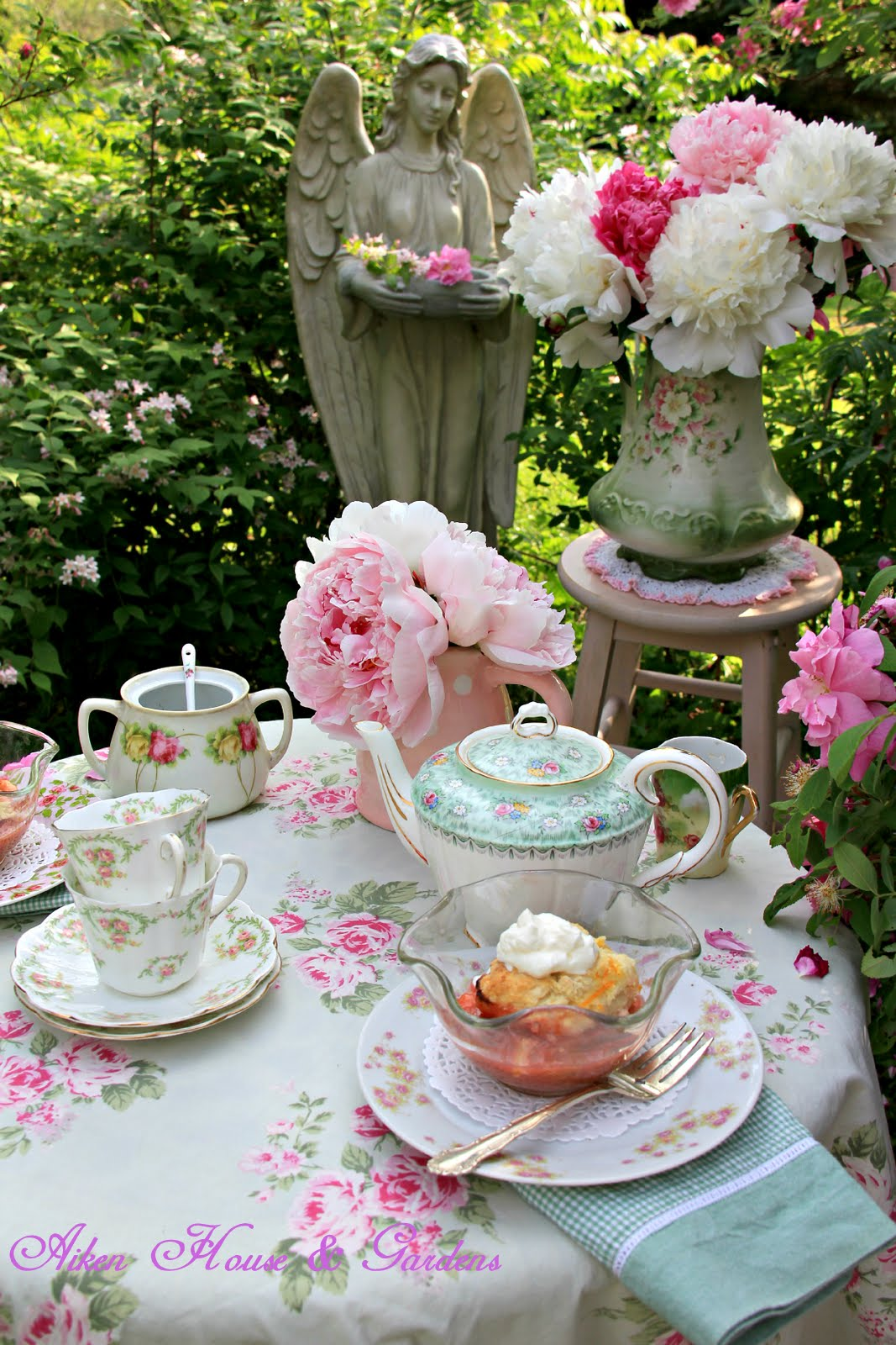 Roses In Garden: Aiken House & Gardens: Rose Garden Tea