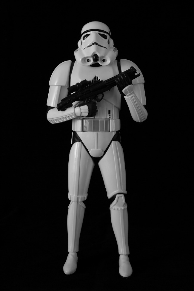 picture-of-stormtrooper-with-black-background