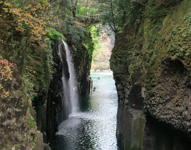 Takachiho waterfall