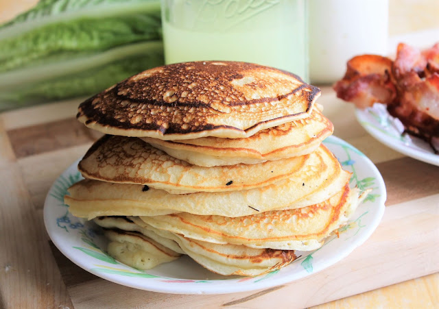 Homemade Buttermilk Pancakes Recipe