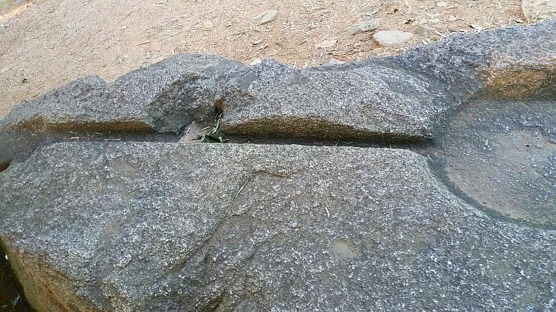 人文研究見聞録:酒船石(岡の酒船石) [奈良県]