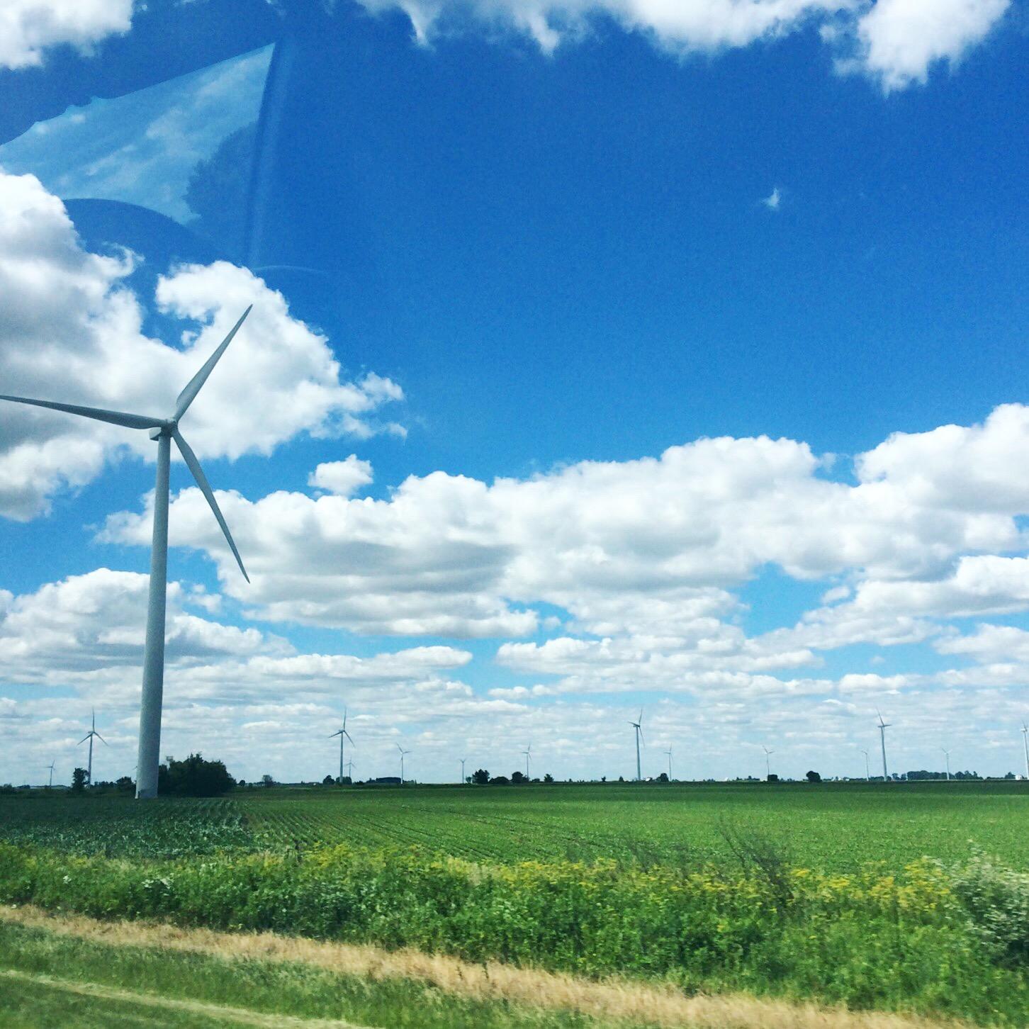 midwestern wind turbines