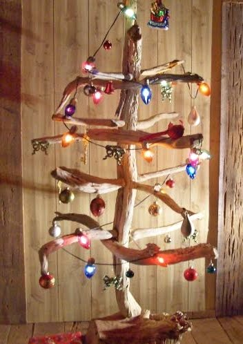 drift wood Christmas tree with lights