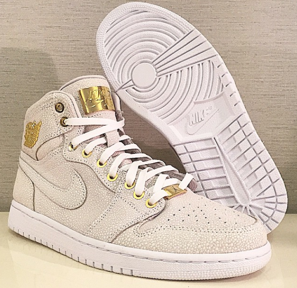 "the best attitude bdcd9 dba89 Air Jordan 1 ""Pinnacle"" 24K Gold Pack!"