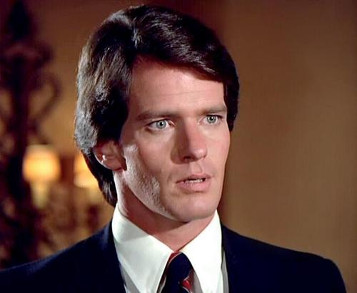 Kenneth In The 212 Actor Gordon Thomson Adam Carrington On Tv S Dynasty Comes Out At 72