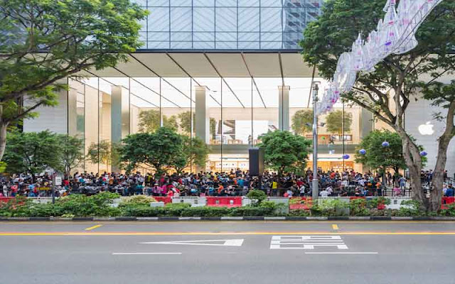 Line for buying iPhone X