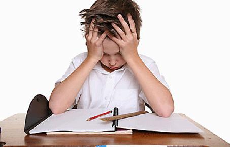 Cara Siswa Menjawab Soal Saat Ujian Waktu Kepepet,Kalian Yang Mana?