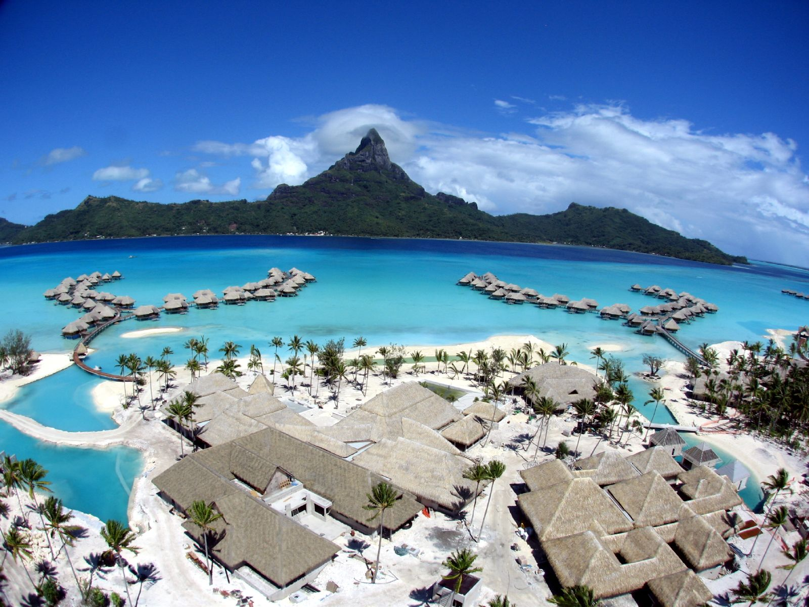 Tourism: Bora Bora French Polynesia
