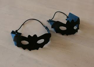 フェルトのコウモリ仮面