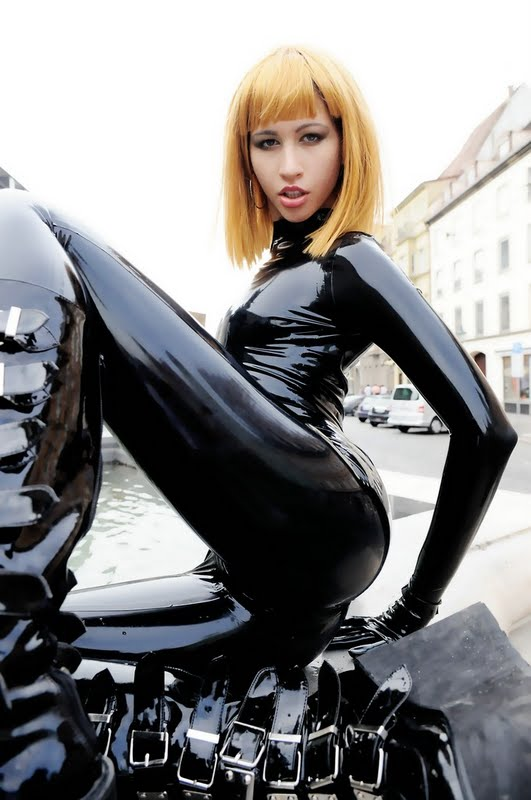 Latex descargar
