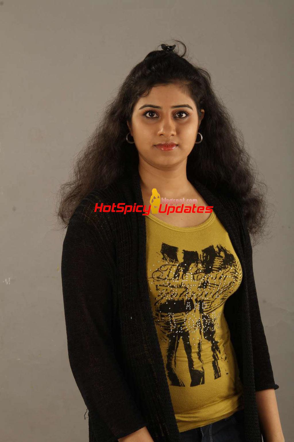 Darsita latest hot stills from aayul regai neeyadi movie
