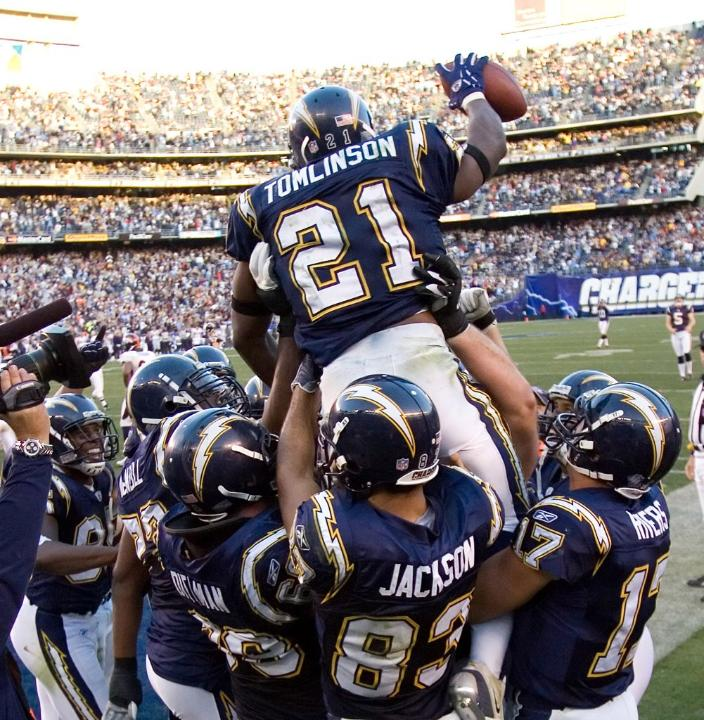 San Diego Chargers Bolts: Heftyinfo: LaDainian Tomlinson