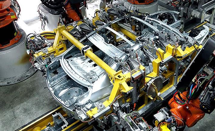 La producción y exportación de autos en México continúa con niveles históricos.  (Foto: BMW)