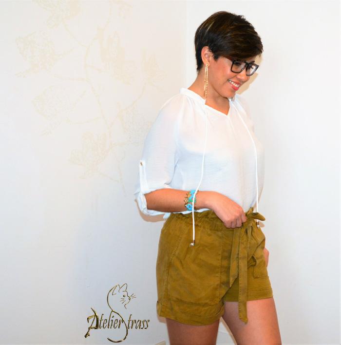 blusa blanca con short mostaza