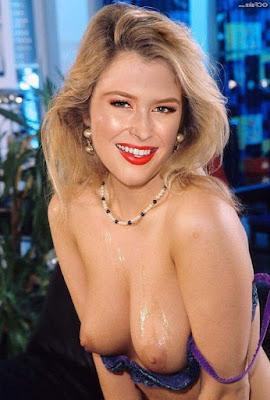 Renee%2BOlstead%2Bnude%2Bxxx%2B%25284%2529 - Renee Olstead Nude Porn Fake Images
