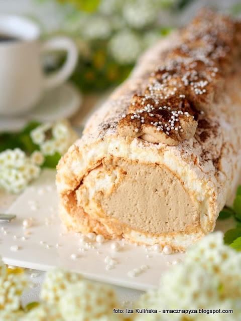 najlepsza beza, krem kawowy, deser, dzien matki, ulubiony deser mamy, ciasto dla mamy, kawa inka, inka z magnezem, kawa zbozowa, przepis na beze, blat bezowy, dla mojej mamy, z kremem kawowym