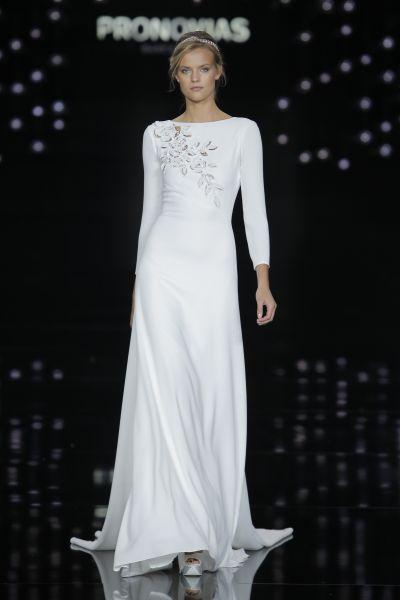 Lindos vestidos de novias | Prononovia colección 2017