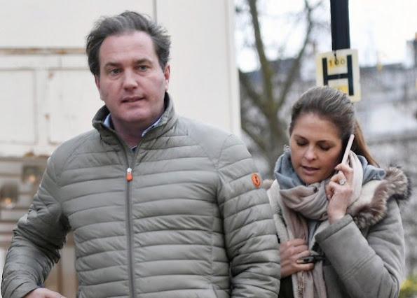Swedish Princess Madeleine and her husband Christopher O'Neill were seen at a lunch at the Sushi Bar