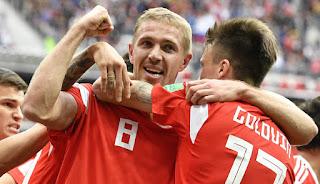 Yuri Gazinskiy Pencetak Gol Pertama Piala Dunia 2018