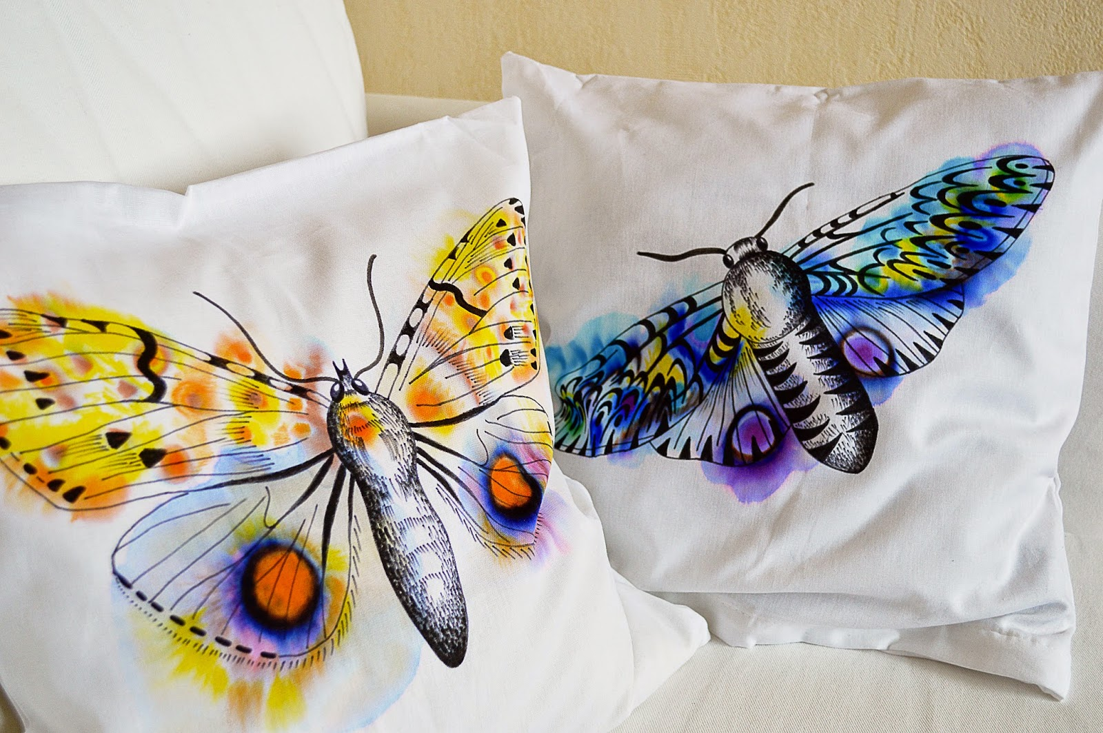 DIY Watercolor Pillow Case | Motte's Blog
