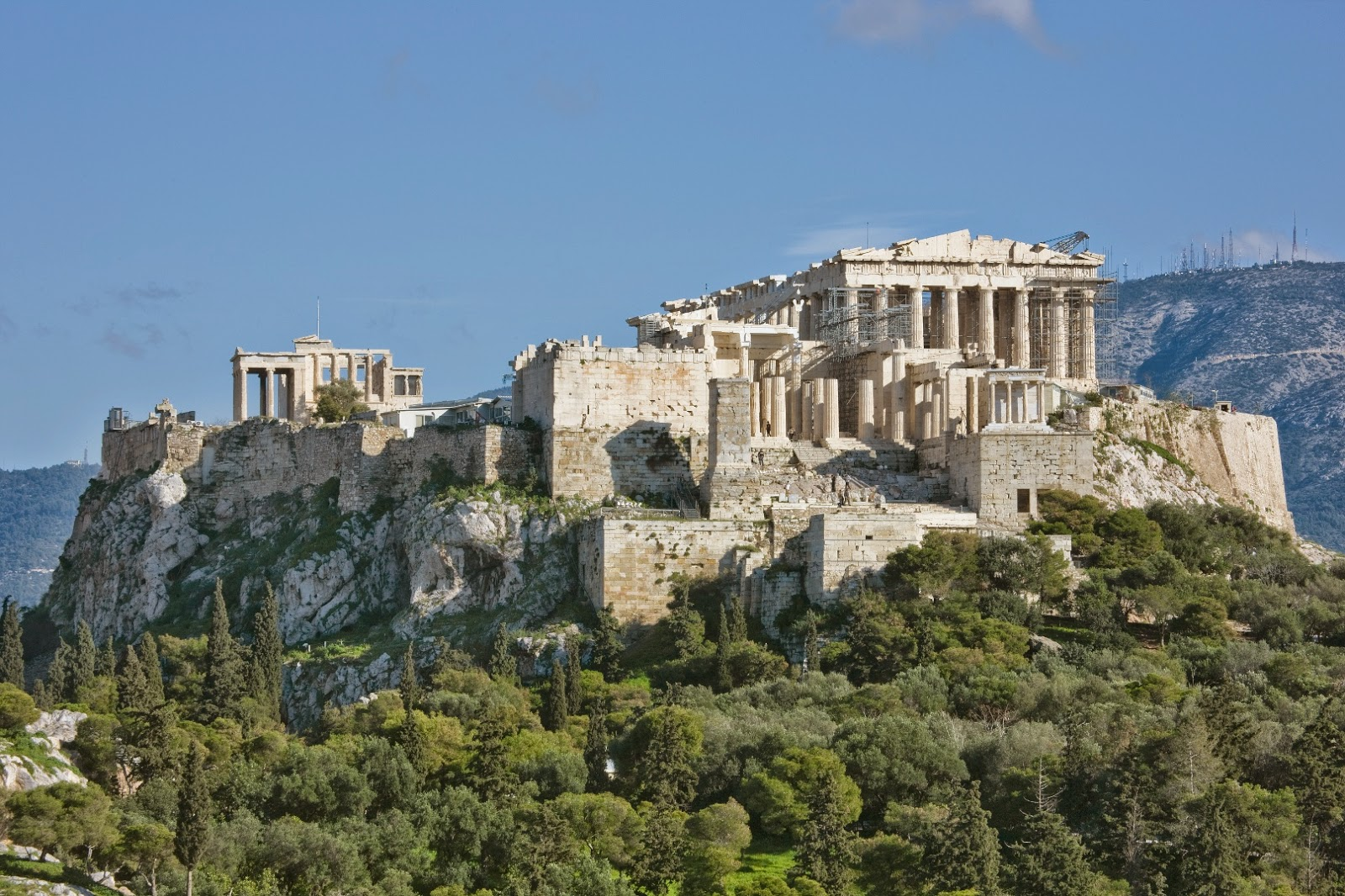 Acropolis of Athens built to withstand earthquakes