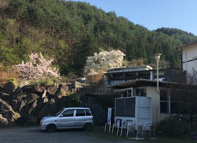 富士屋の駐車場