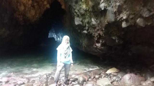 Goa kelelawar Pulau Saangiang Banten