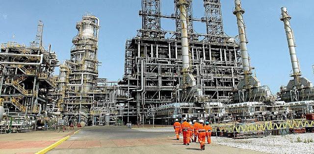 Irán y la destrucción de la industria petrolera en Venezuela