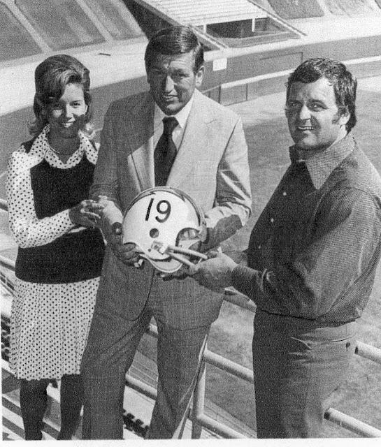 Pro Football Journal Johnny Unitas Week 1973 San Diego