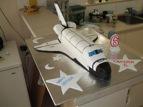 Space Shuttle Cake 6 By Discostoo69 , Via Flickr
