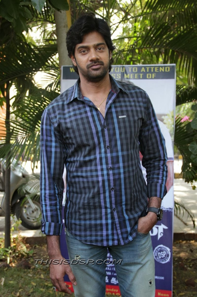 Naveen Chandra at Bramman Press meet