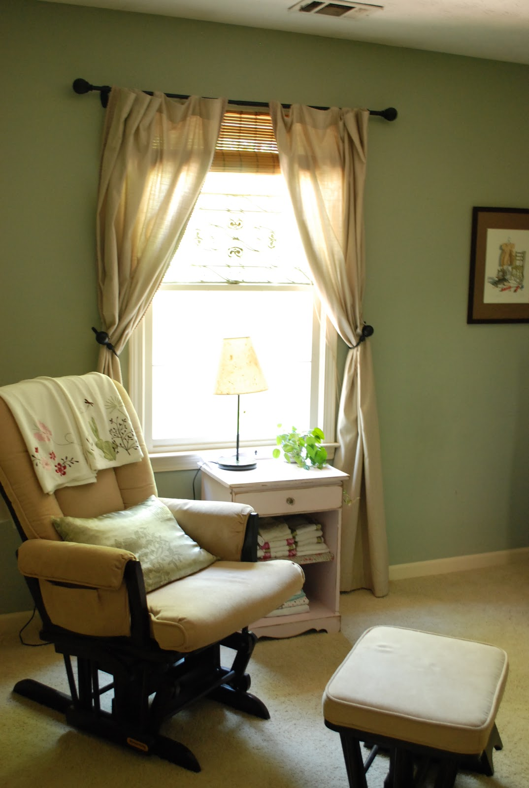 Between Blue and Yellow: From Office to Nursery
