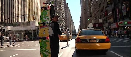 Circle Board in NYC mit Mark Gonzales | Krooked Skateboarding