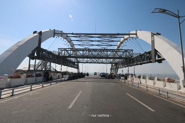 jembatan surabaya