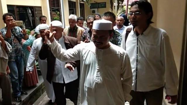 Polisi Hentikan Kasus Dugaan Pidana Pemilu Ketum PA 212 Slamet Maarif