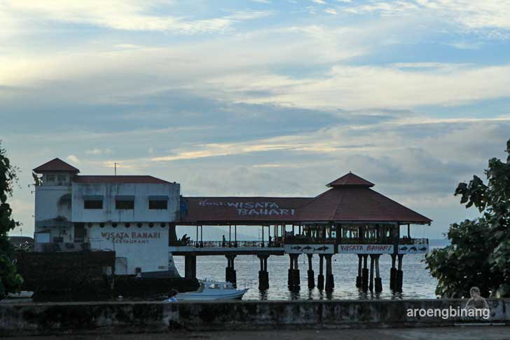 pantai manado sulawesi utara