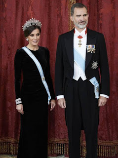 Queen Letizia black dress, Letizia black dress, Letizia  wears Queen, Letizia  wears Queen Maria Christina Cartier, Letizia  wears Queen Maria Christina Cartier Loop Tiara, Queen Maria Christina's Cartier Loop Tiara,