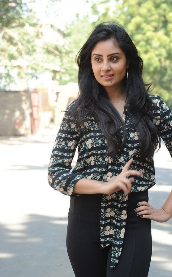Actress BhanuShreeMehra Latest HD Images