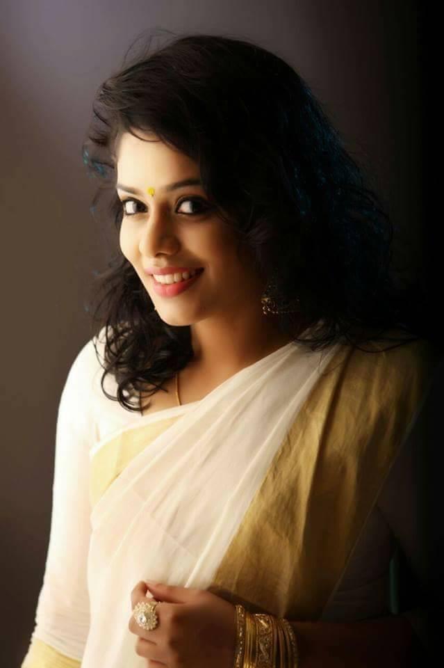 kerala-girls-rep-vidoi-free-dolound-boob-and-roberta-smith