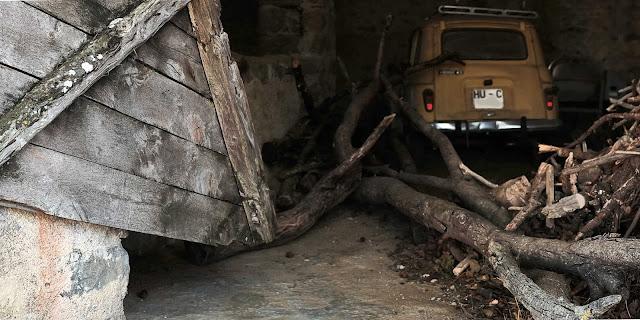 Cubierto con Renault 4l