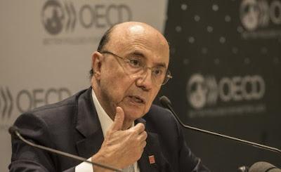 Meirelles rejeita 'rótulo' de candidato de Temer