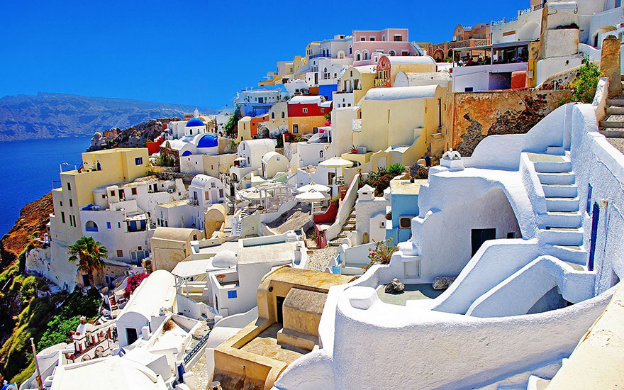 Travel Expectations Vs Reality (20+ Pics) - Walking Around Santorini Island, Greece